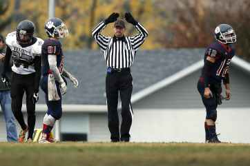 american-football-football-football-referee-official-159537.jpeg
