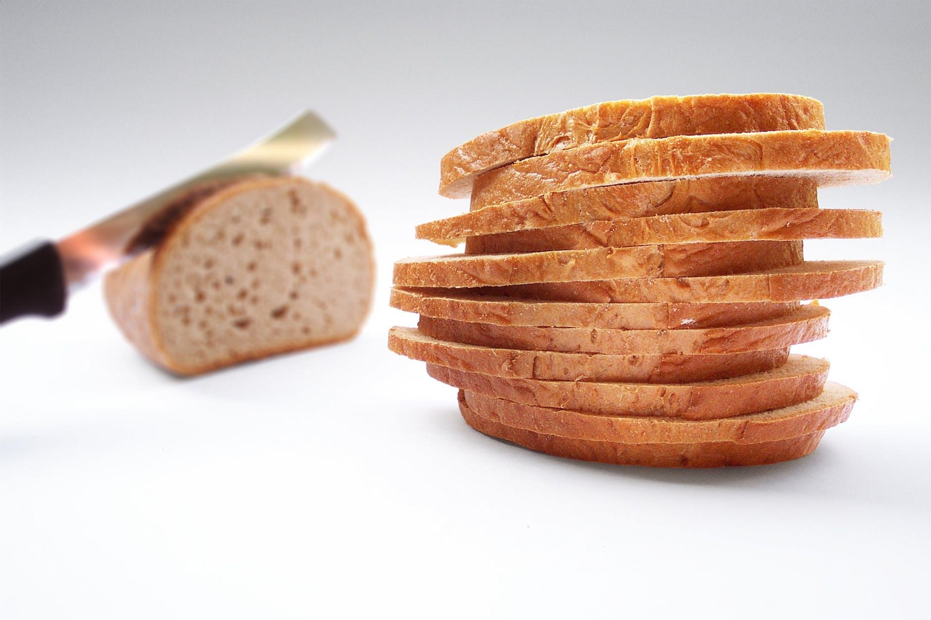 bread knife cut slice of bread