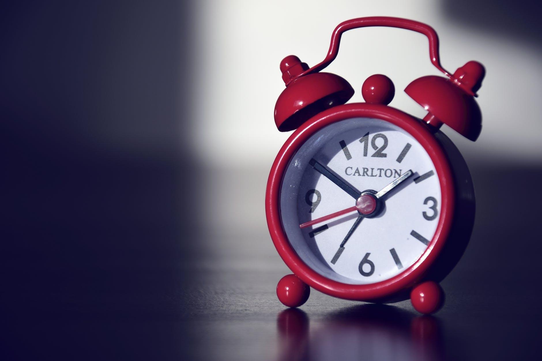 red carlton alarm clock
